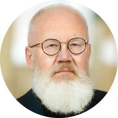 ПРОТОПОПОВ Юрий Иванович, главный врач стоматологии Евромед