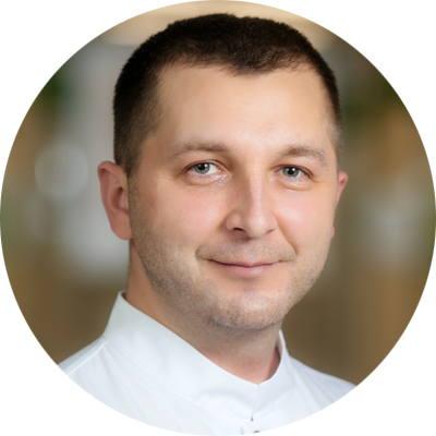 ЗВЕЗДНЕВ Дмитрий Николаевич, врач-стоматолог терапевт, ортопед